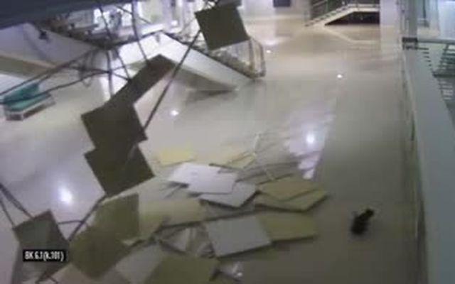 Обрушение потолка в конькобежном центре Адлера