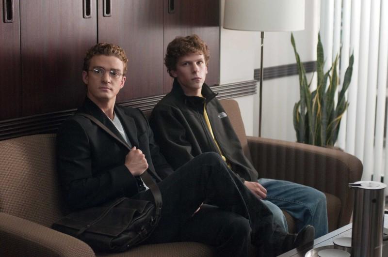 Соціальна мережа (2010) цікаве, кіно, на реальних подіях, фільм