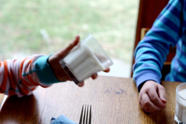 27. Добавьте желатин в молоко апрель, розыгрыш, шутка