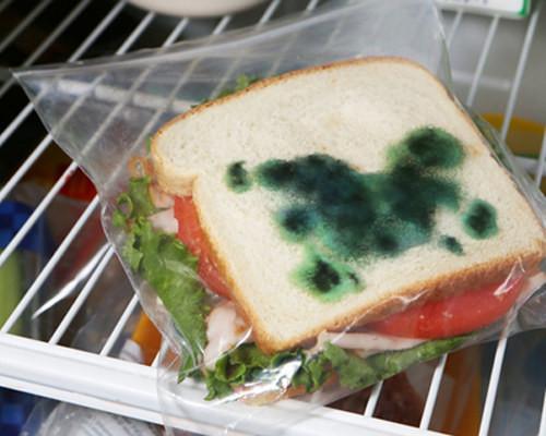 7. Положите ребенку в школу такой вот сэндвич апрель, розыгрыш, шутка