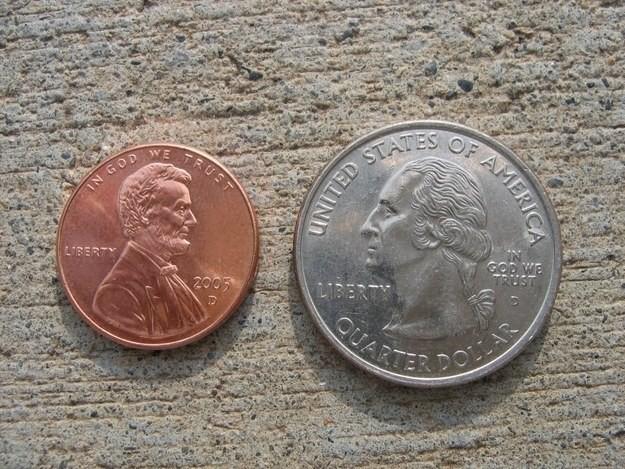 37. Приклейте монеты к полу апрель, розыгрыш, шутка