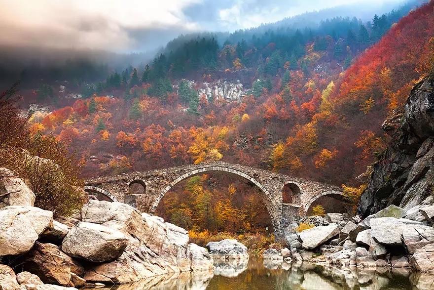 Дьявольский мост в горах Родопы, Болгария в мире, мост