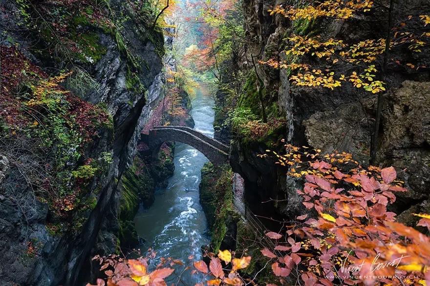 Мост в ущелье Арез, Швейцария в мире, мост