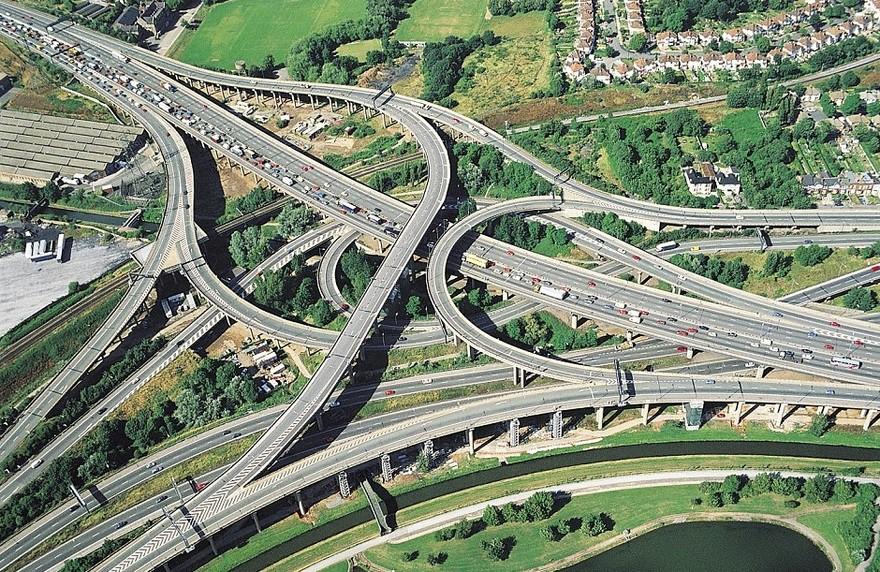3. Великобритания дорога, перекрестки