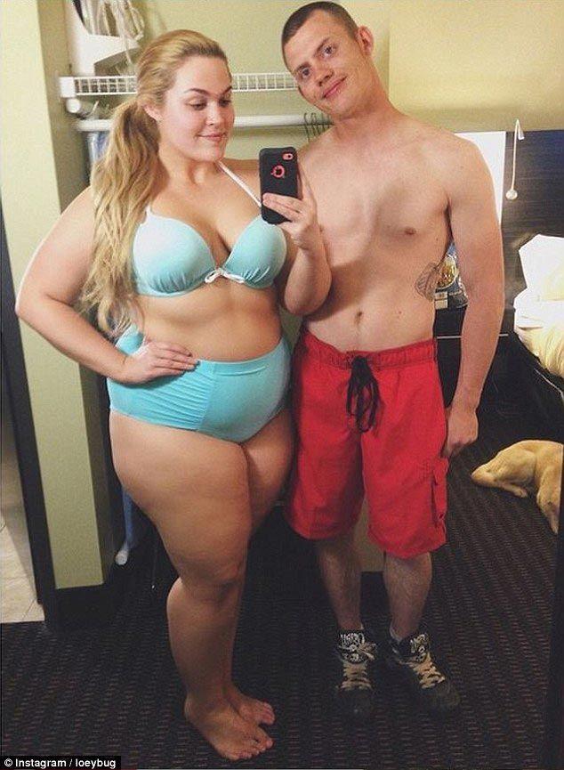 Блоггер внушительных размеров пропагандирует любовь к телу и, не стесняясь, носит открытые купальники тело, фигура