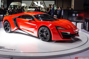 Нет. Там вот такой летал. Арабский Lykan Hypersport