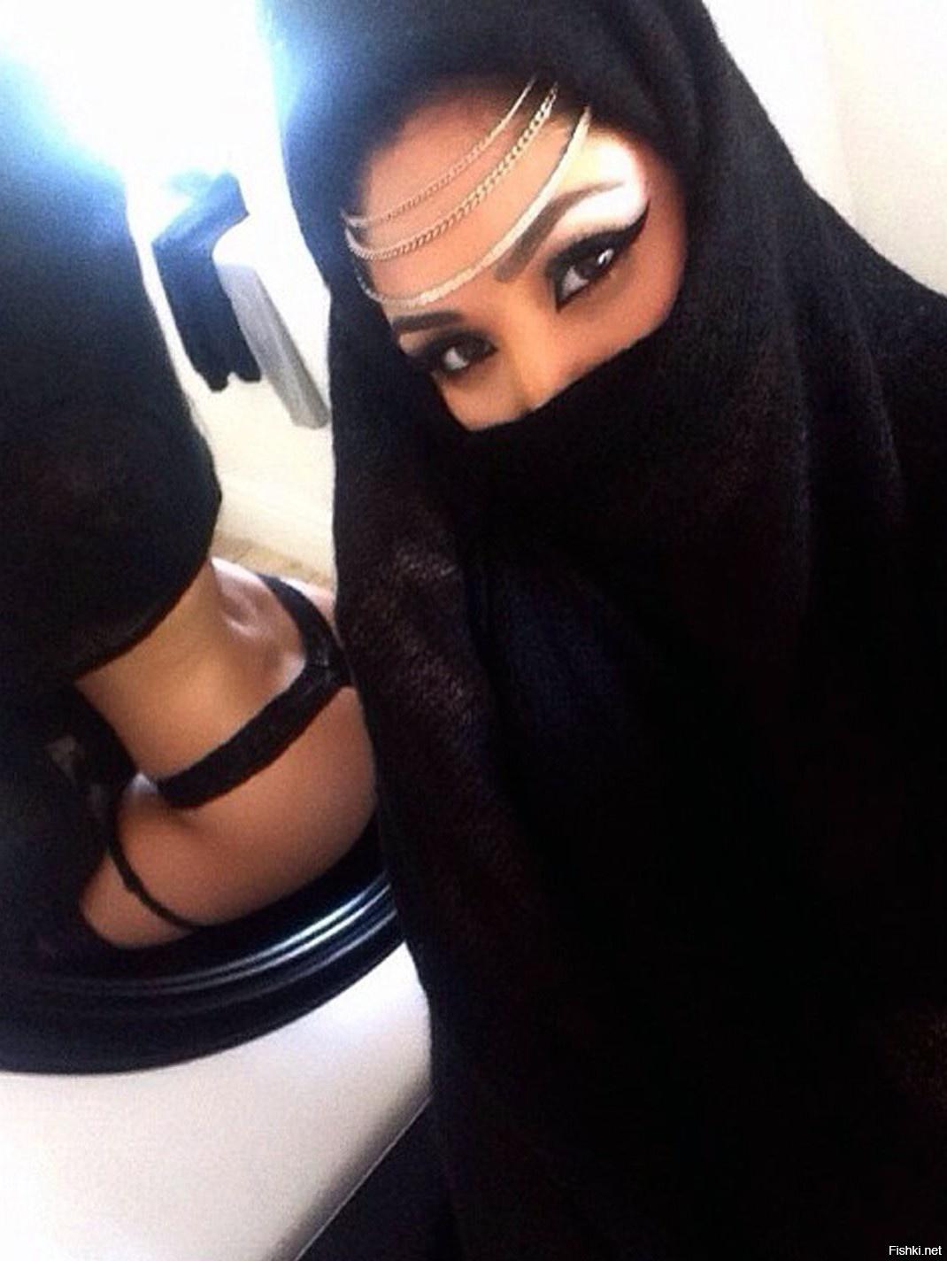 Мусульманка В Нижнем Белье Домашние Фото