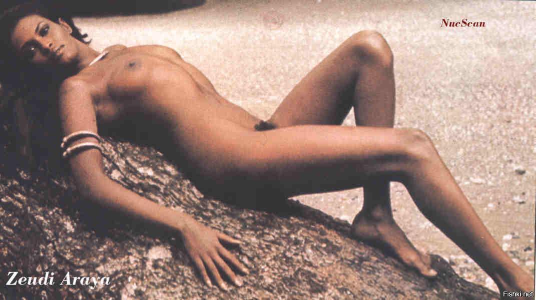 Фотки попки голая сиськи пятница из фильма робинзон фильмы