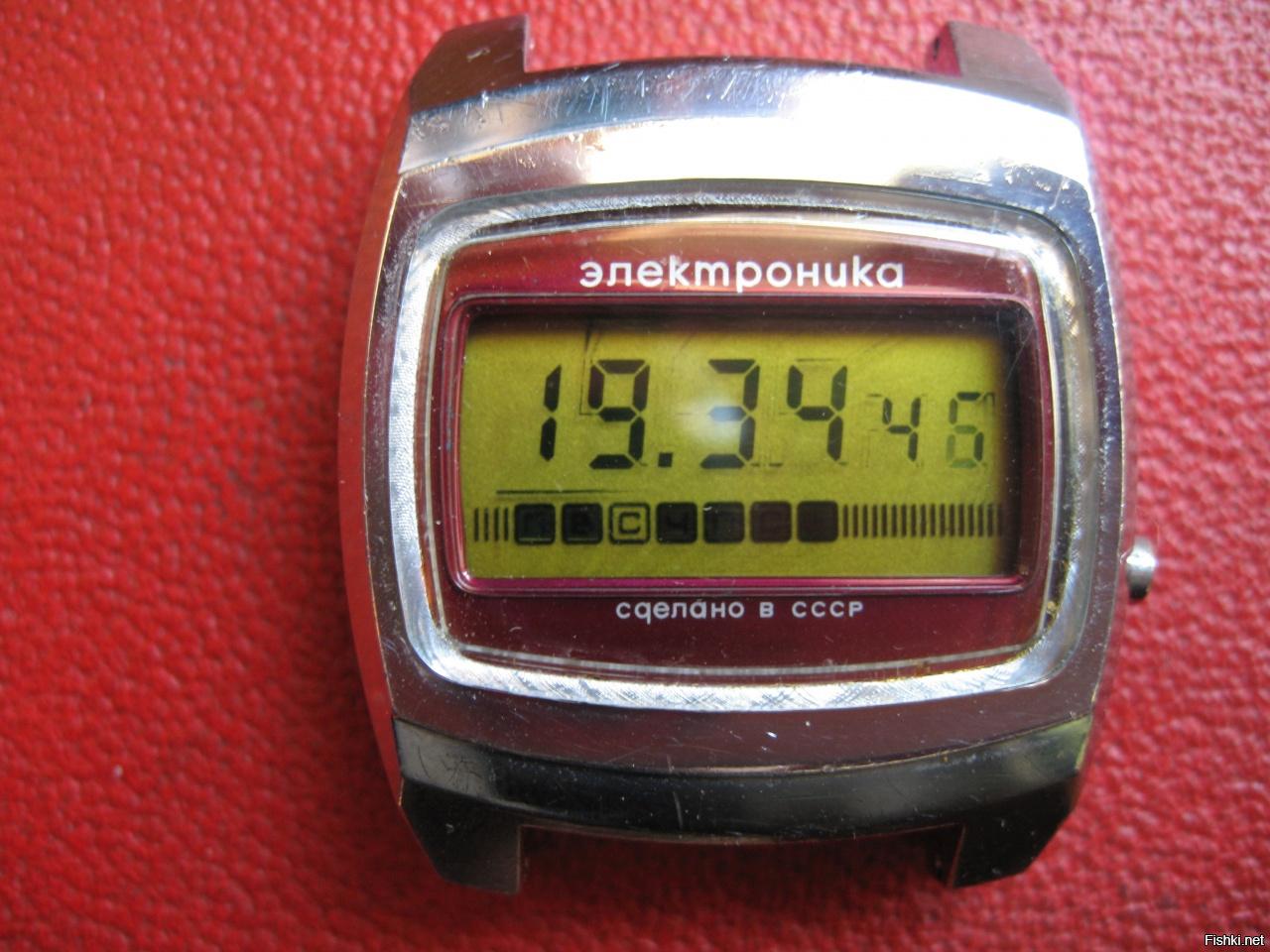 Актуальность советских часов возвращается, но экземпляров в отличном состоянии очень мало.