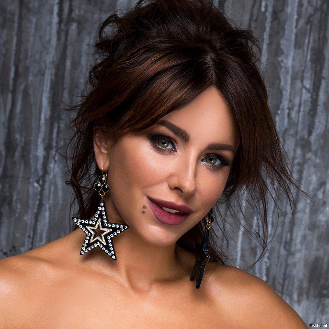 смартфон известные певицы россии список с фото малые