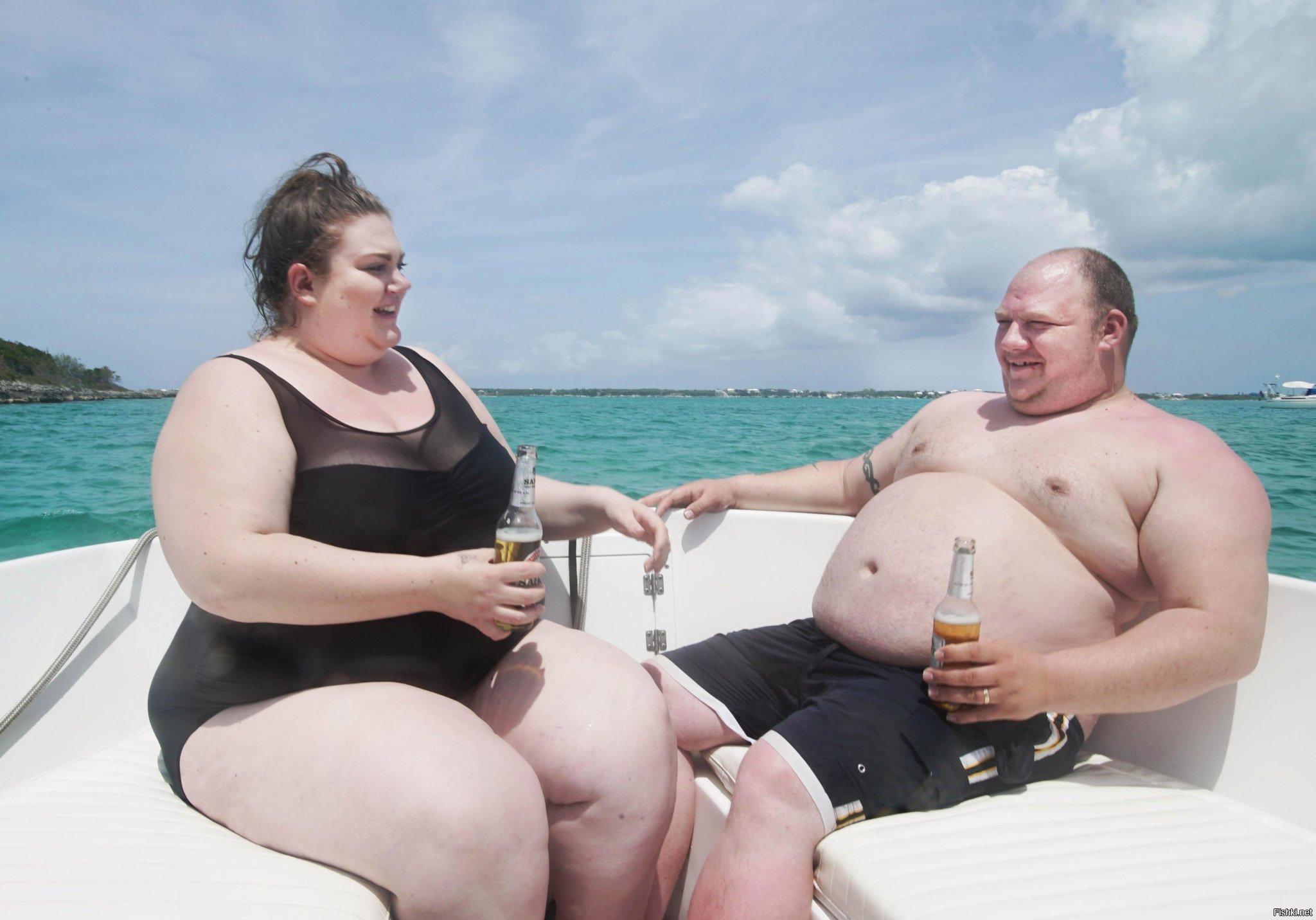 для фото два толстяка дэй американская фитнес
