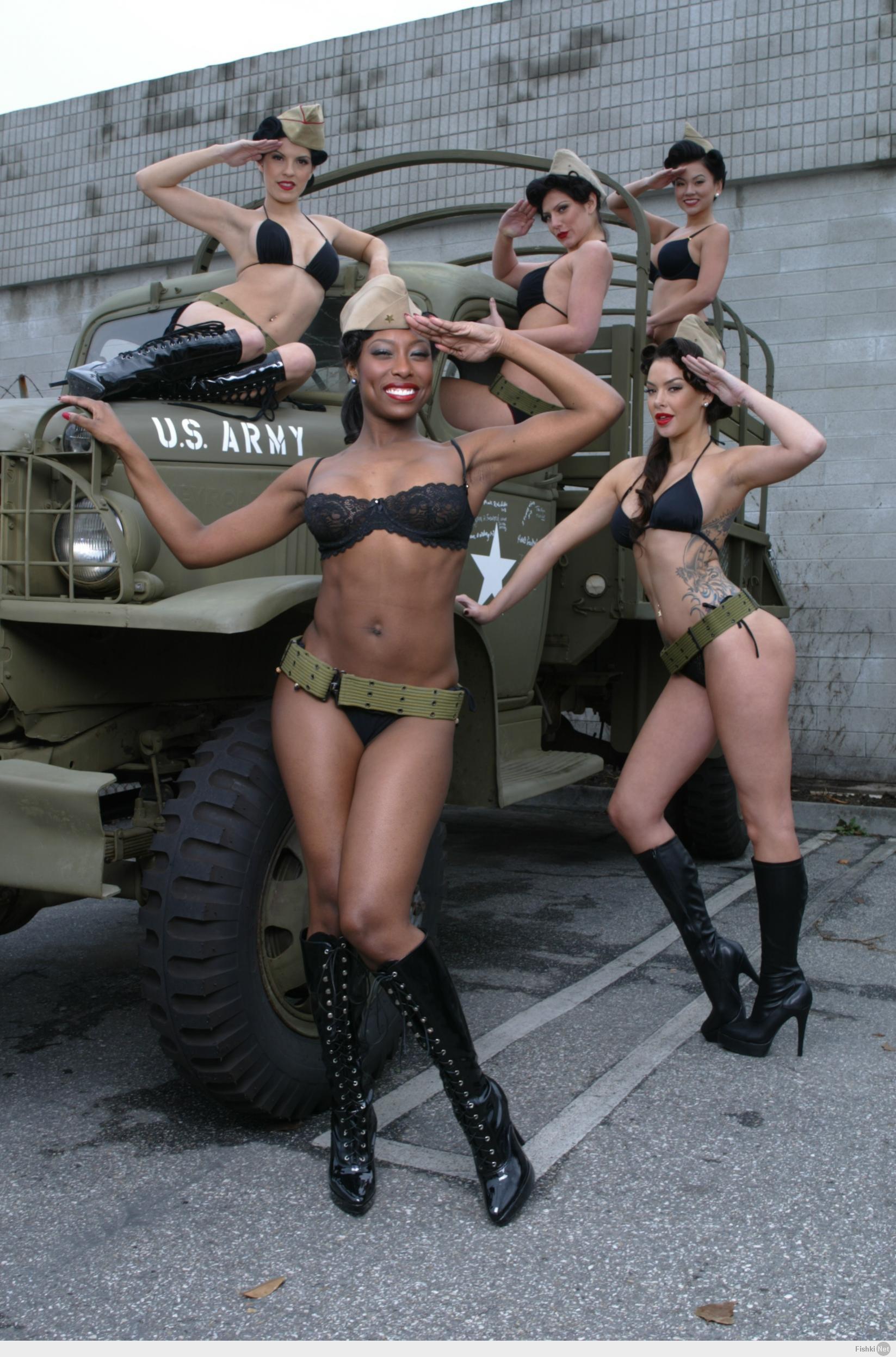 Женщин в армии фото сексуальных