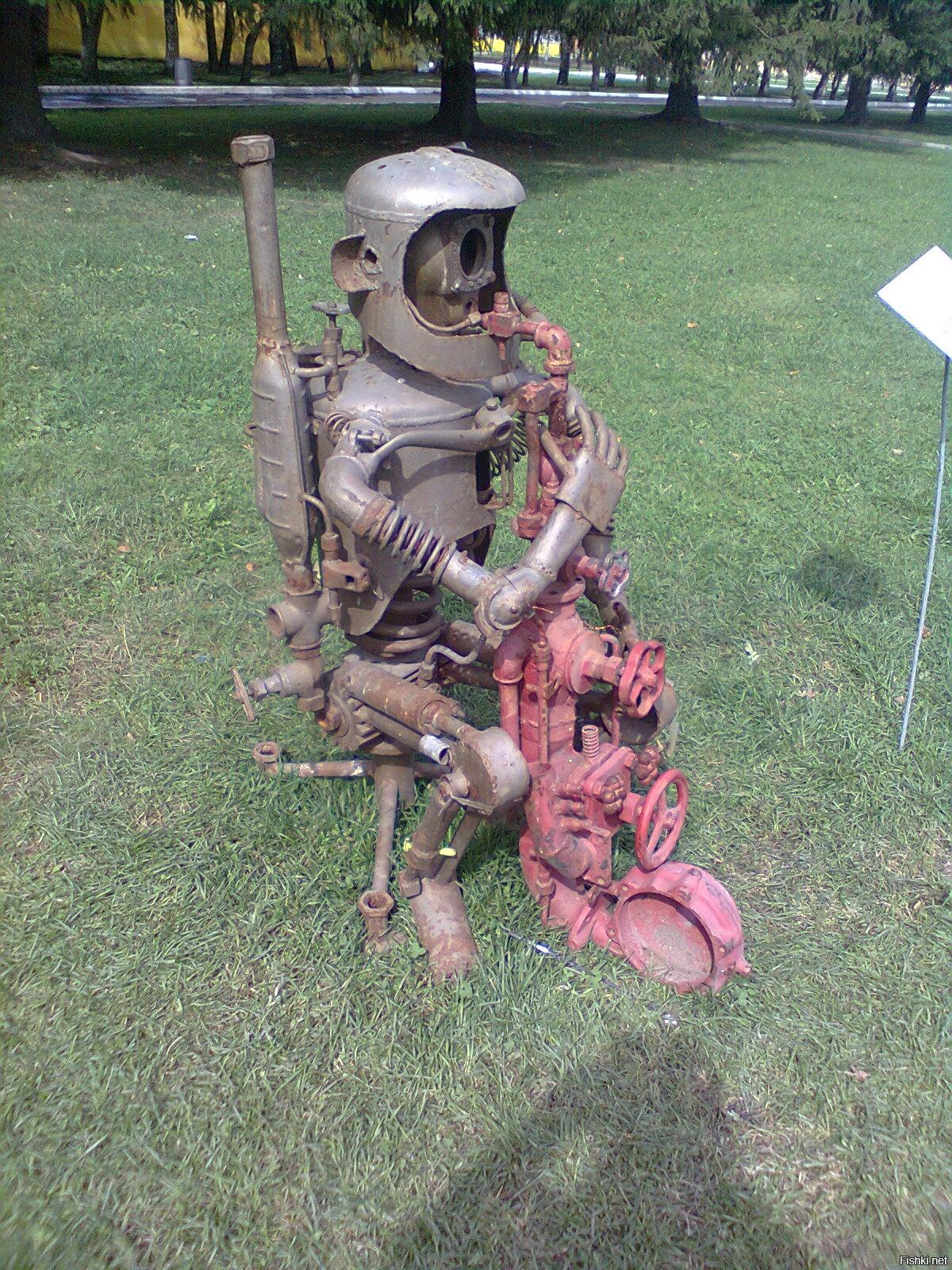 Сварные скульптуры из металлолома фото